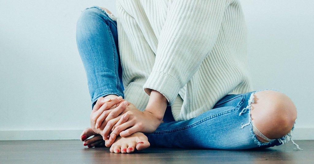 Caviglie Gonfie e Gambe Gonfie: 3 consigli utili per aiutarle a sgonfiare